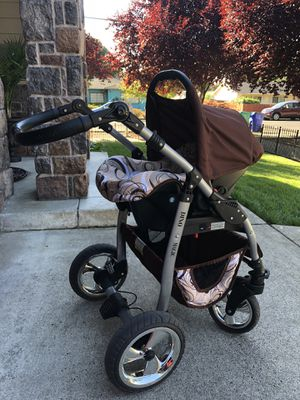 Baby stroller with carseat and laying set for Sale in Portland, OR