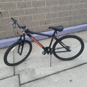 Mongoose Excursion mountain Bike 21 Speeds for Sale in Queens, NY