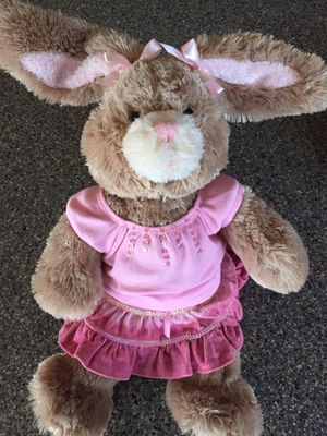 """🐰 New BUILD A BEAR Workshop 22"""" EASTER BUNNY, Large Size Plush Stuffed Bunny Rabbit plus Build a Bear Pink 2 Piece Easter Outfit, Great for the Eas for Sale in Arlington Heights, IL"""