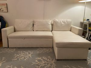 White leather couch mint condition for Sale in Brooklyn, NY