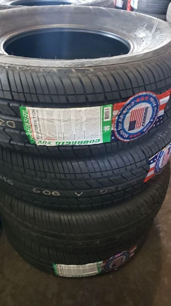 Brand new set of tires 265 70 16