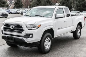2017 Toyota Tacoma SR5 for Sale in Chelsea, MA