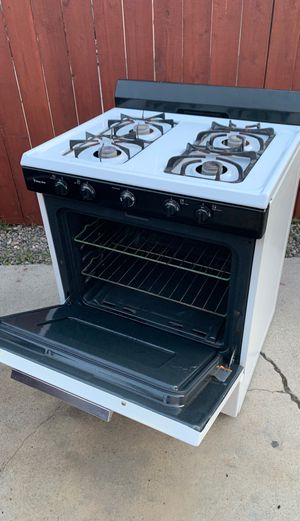 Stove / kitchen appliance for Sale in Fountain Valley, CA