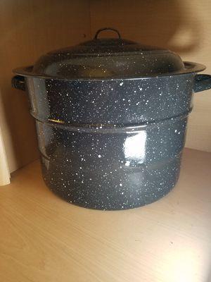 Vintage Large Enamelware Canning Pot for Sale in Hubbard, OR