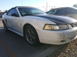 2000 ford mustang for Sale in North Las Vegas, NV