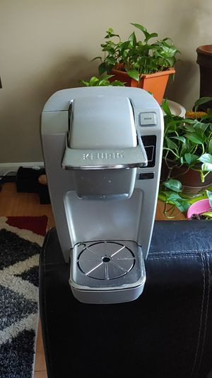 Keurig single cup for Sale in Fall River, MA