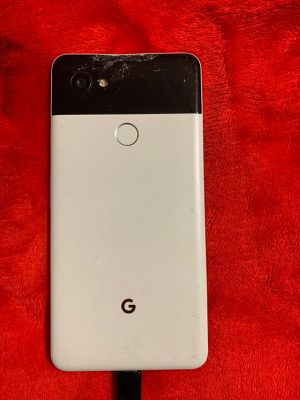 Google pixel 2 XL for Sale in Anaheim, CA