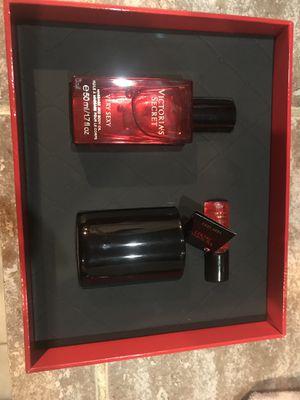 VS very sexy body oil for Sale in Boynton Beach, FL