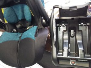 Evenflo car seat for Sale in Port St. Lucie, FL