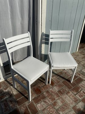 2 white chairs! for Sale in Marina del Rey, CA