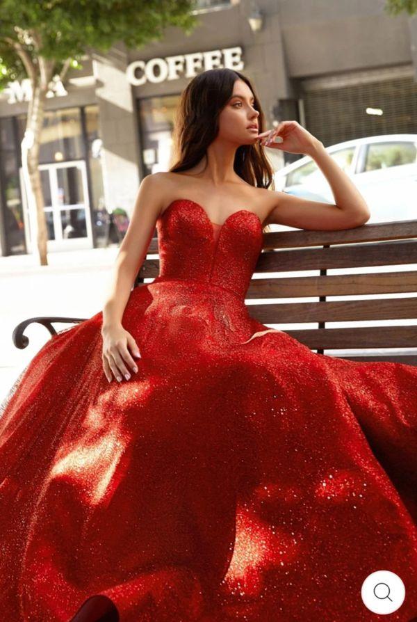 Cinderella Divine ball gown dress! Wedding dress, prom dress, quinceanera dress! Party glitter dress!!