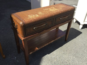 Nice Chest Style Entryway Table / Hall Table - Delivery Available for Sale in Tacoma, WA