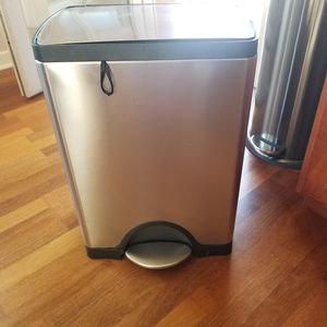 Kitchen garbage can for Sale in Des Plaines, IL