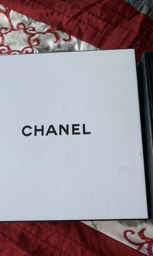 Chanel perfume for Sale in Hazard, CA
