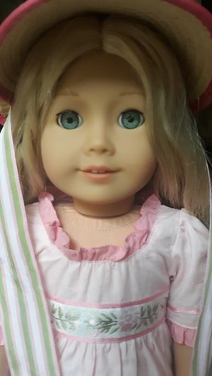(Box Damage) Caroline American Girl Doll for Sale in Akron, OH