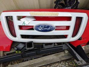 2004 Ford ranger grille fx4, white in color, used oem part. for Sale in Carrollton, VA