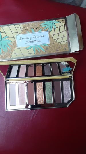 Too Faced eyeshadow for Sale in Anaheim, CA