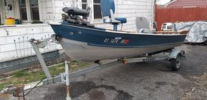 Meyers 14' aluminum bass boat for Sale in Stratford, CT