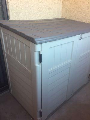 Horizontal Garbage Shed for Sale in Las Vegas, NV