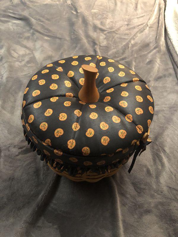Pumpkin Longaberger basket