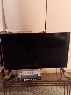 Vizio Smart TV OBO for Sale in Winter Haven,  FL