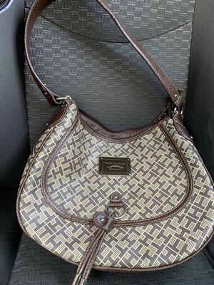 Tommy Hilfiger American Classics handbag for Sale in West Sacramento, CA