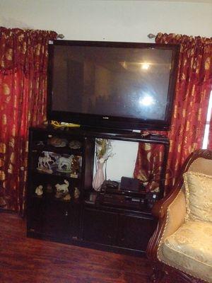 Television con su mueble for Sale in Taylor Landing, TX