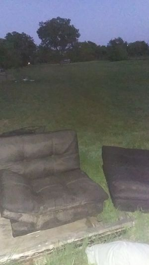 Folding couch that makes into a bed for Sale in Abilene, TX