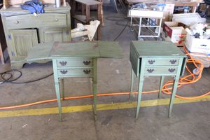 2 vintage nightstand tables for Sale in Fontana, CA
