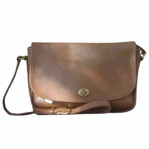 Coach Leather messenger bag for Sale in Villa Rica, GA