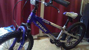 Mt 60 trek bike for Sale in Seattle, WA