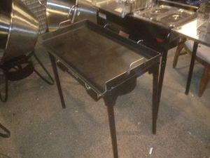 Comal greso 18x36 con estufa de alta presion 180ultoma for Sale in Las Vegas, NV