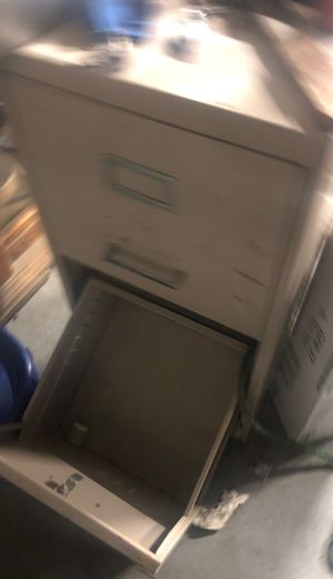 Small filing cabinet for Sale in Ontario, CA