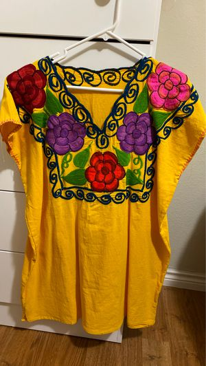 yellow dress for Sale in Houston, TX