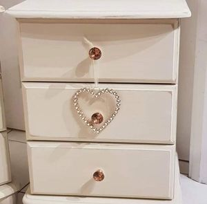 White dresser for Sale in Los Angeles, CA
