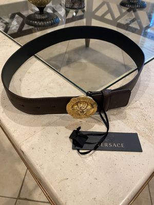 Versace belt for Sale in Red Oak, TX