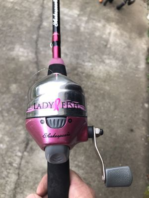 Ladies pink Shakespeare fishing rod and reel for Sale in Acworth, GA
