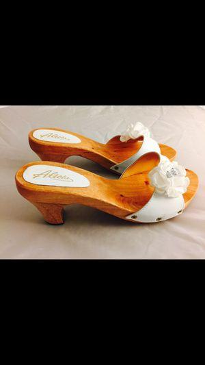 Zapatos de palo. Palitos cuba. Wooden shoes. for Sale in Miami, FL