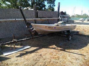 Aluminum fishing boat for Sale in Kerman, CA