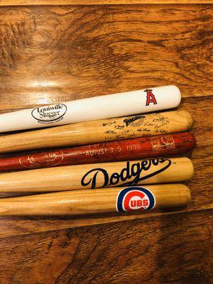 Lot of 5 Mini Baseball Bats Dodgers Angels Padres Cubs for Sale in Etiwanda, CA