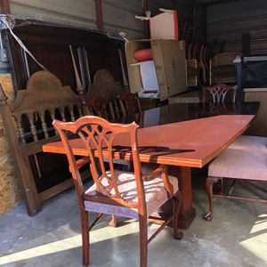 Table with 6 Vintage Chairs for Sale in Houston, TX