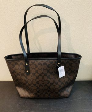 Coach Hand Bag for Sale in Jurupa Valley, CA