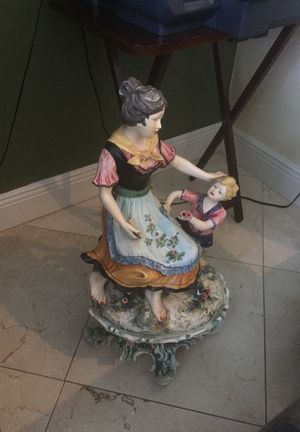 Antique doll for Sale in Pinecrest, FL
