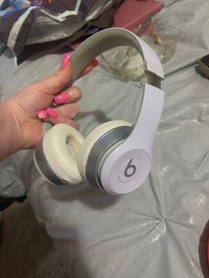 White beats headphones wireless for Sale in Oakland, CA