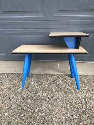 MCM midcentury modern side table for Sale in Port Orchard, WA