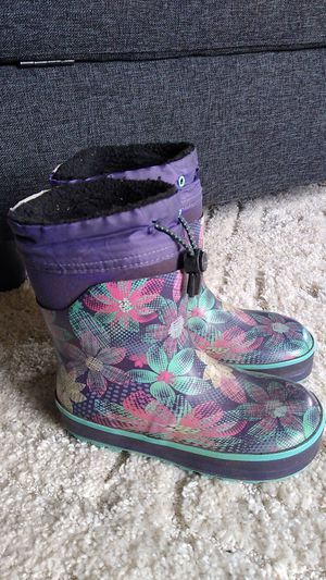 Girls insulated Western Chief rain boots size 11/12 for Sale in Puyallup, WA