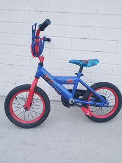 Spiderman kids Bicycle Wheel 14 Size Small for Sale in Sierra Madre,  CA