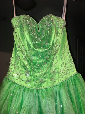 Quince 15 dress for Sale in Silver Spring, MD