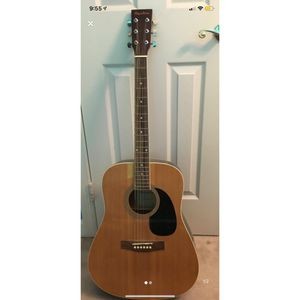Acoustic Guitar for Sale in Accokeek, MD