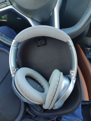 Bose headphones for Sale in San Jose, CA